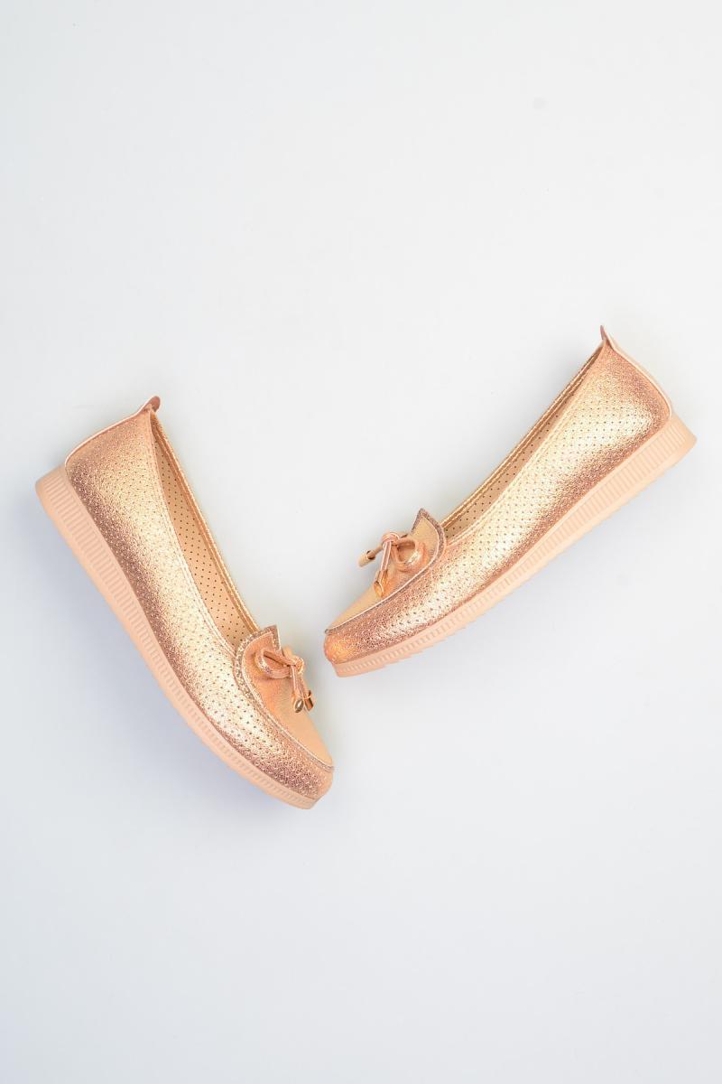Бэмби Золото Женщины Мокасины Обувь F0374250009