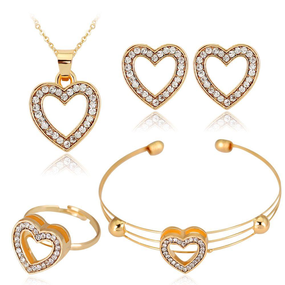 Exquisita de la manera del collar de vaciado de diamante pulsera del anillo del pendiente cuatro piezas diseñadas especialmente para los ornamentos