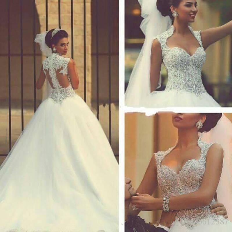2019 nuevos vestidos de boda de lujo de novia una línea de barrido con gas con cuentas vestidos nupciales del tren Arabia árabe vestido de novia de la venta caliente