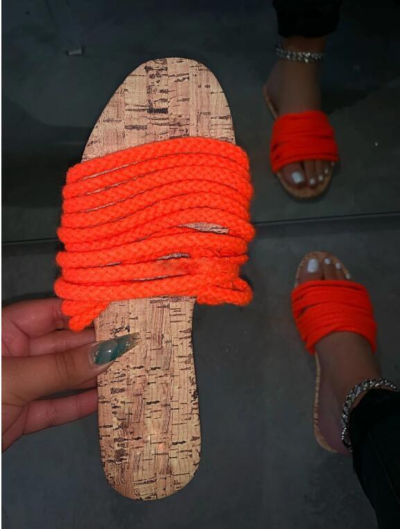 Mujeres diseñadores Ropa 2021 Sandalias China Tradicional Mujer Paja Non Slip Beach Zapatos Zapatillas Moda Casual