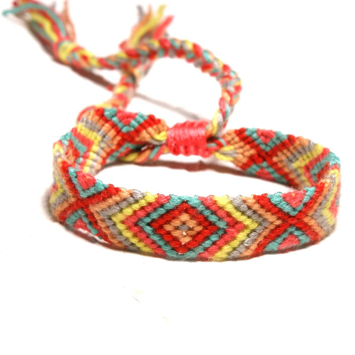 Macrame Handmade Craft Rainbow Bracelets Lucky Gift for Friendship Bracelets Knot Macrame Designer Popular Bohemian Style Charm Bracelet