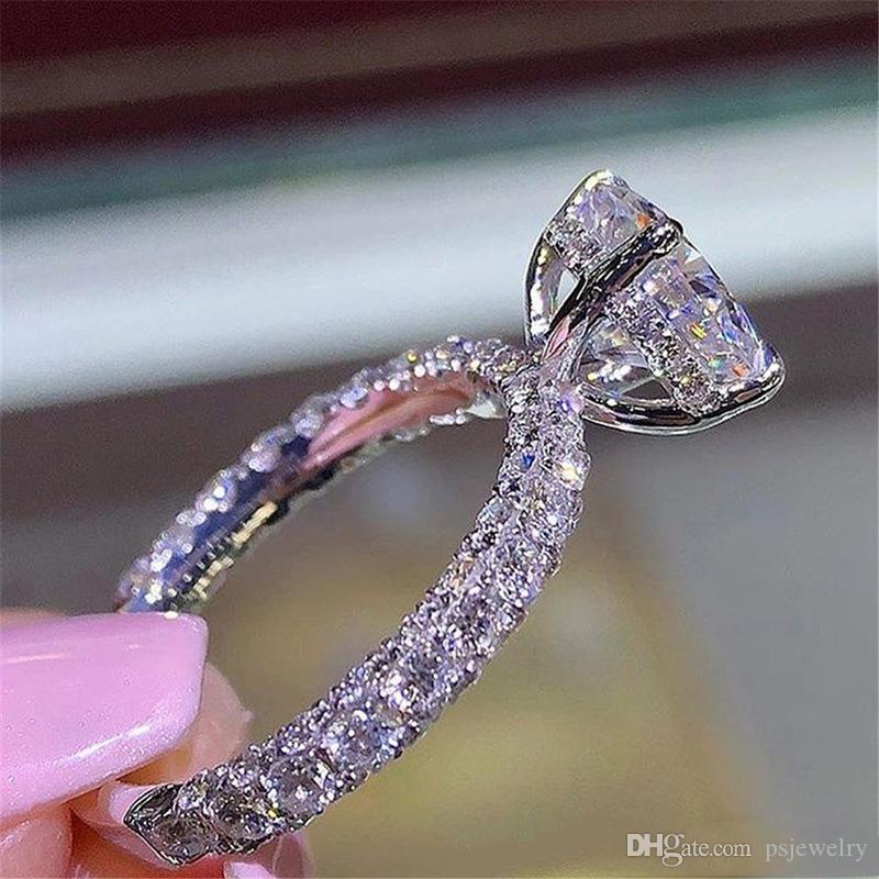 Womens Designer Anéis Romântico Zircão Brilhando Princesa Anel de Pedra Oval Casamento Nupcial Moda Jóias Para As Mulheres