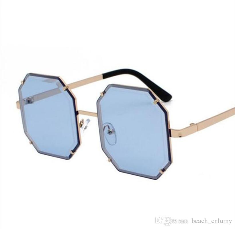 Retro Sunglasses Women Design Sun Glasses For Lady Fashion Alloy Mirror Female Oculos De Sol Black Sun Glasses Eyewear Glass Lenses 2019 New