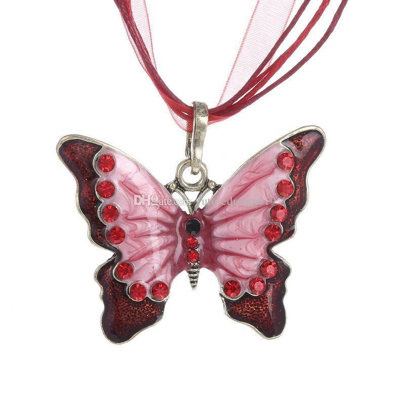 Crystal Butterfly Gargantillas Collar Mujeres Elegantes Joyería de Lujo Vintage Cadena Larga Animal Rhinestone Collar Colgante de Cristal