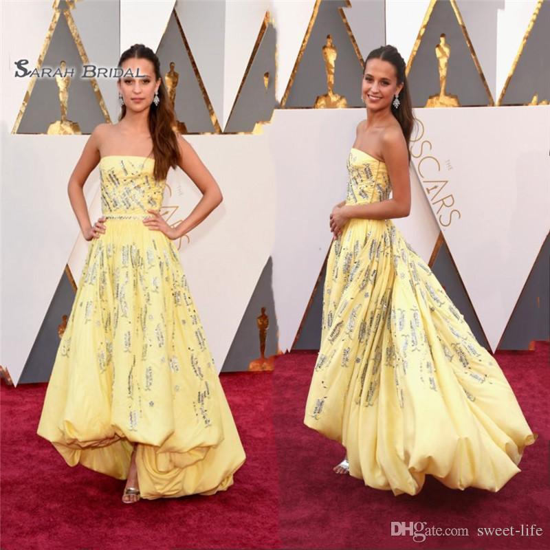 فساتين المشاهير الأصفر حمالة ارتفاع منخفض التفتا مع الخرز الترتر ألف خط السجادة الحمراء أثواب vestidos دي novia