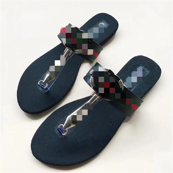 Erkekler Kadınlar Tasarımcı Ayakkabı Slaytlar Yaz Plaj Kapalı Düz G Sandalet Terlik Ev Ayaklı Spike sandal ile Floplar