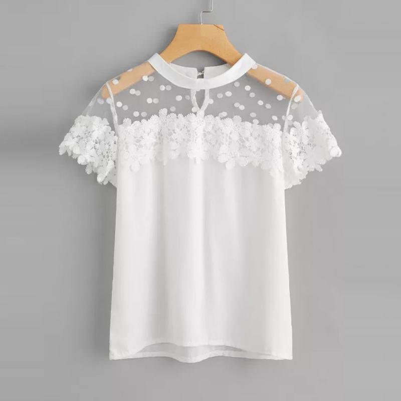 Mode féminine dentelle Mesh T-shirt Bouton Fermer O-cou à manches courtes Dot Mesh dentelle florale Splicing élégant T Casual Hauts Camiseta