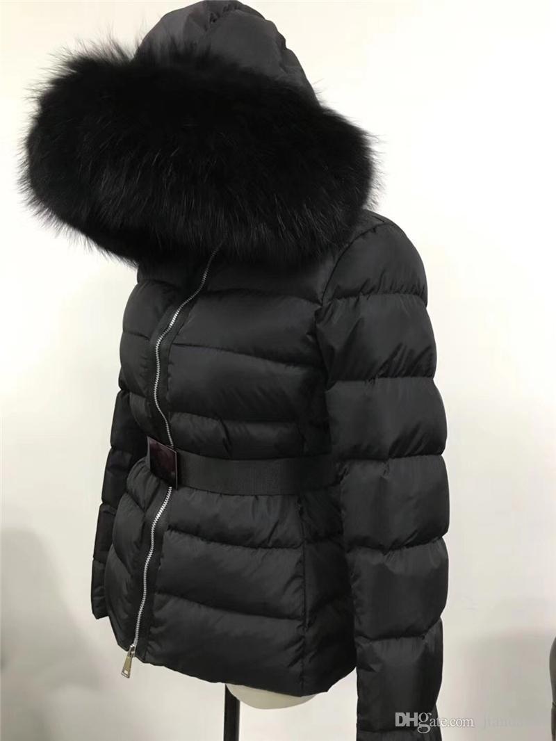 2019 M Donne Giù Giacca nera reale grande collare della pelliccia del procione Giù cappotto con cappuccio con cintura inverno spesso Parkas
