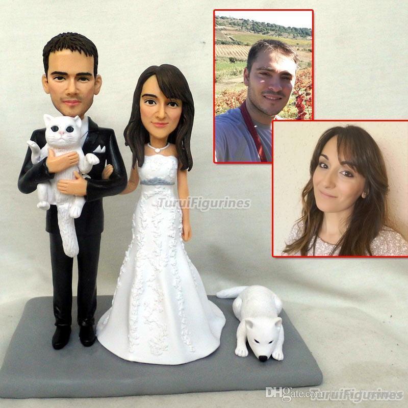 """تماثيل """"توروي"""" أواك """"الخاصة بكعكة الزفاف الأحرف الأولى لكعكة """"توبر"""" مع """"توبر"""" للقلب و تاريخ الزفاف"""