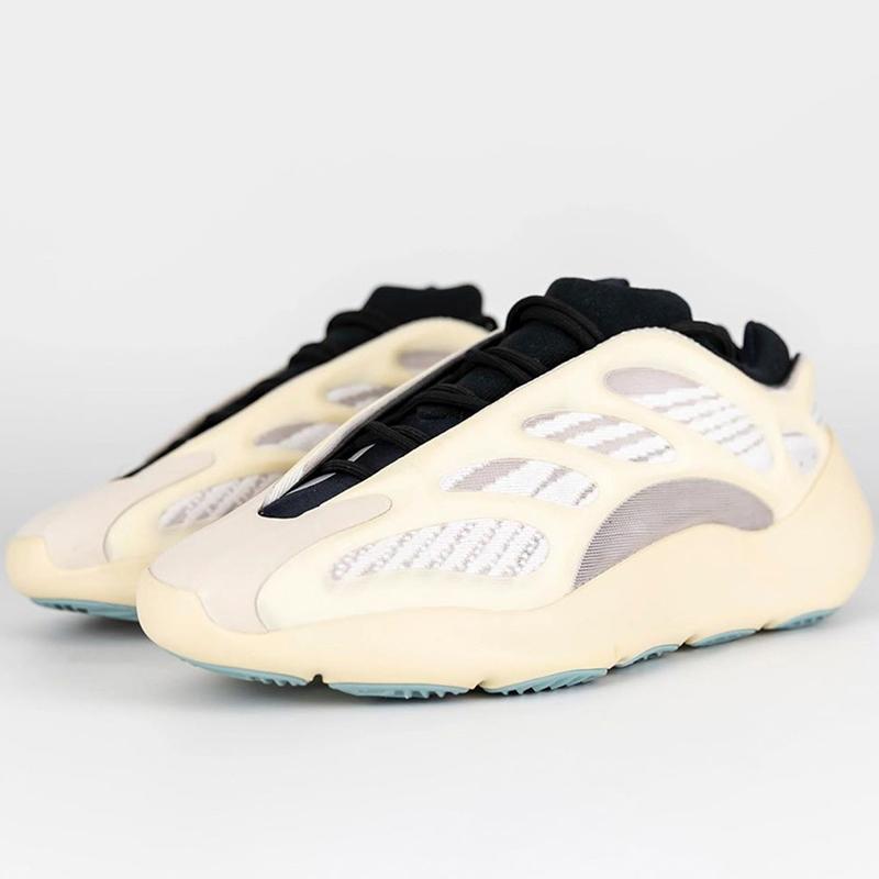 Le Nouveau Prédominant Haute Qualité Kanye West Chaussures