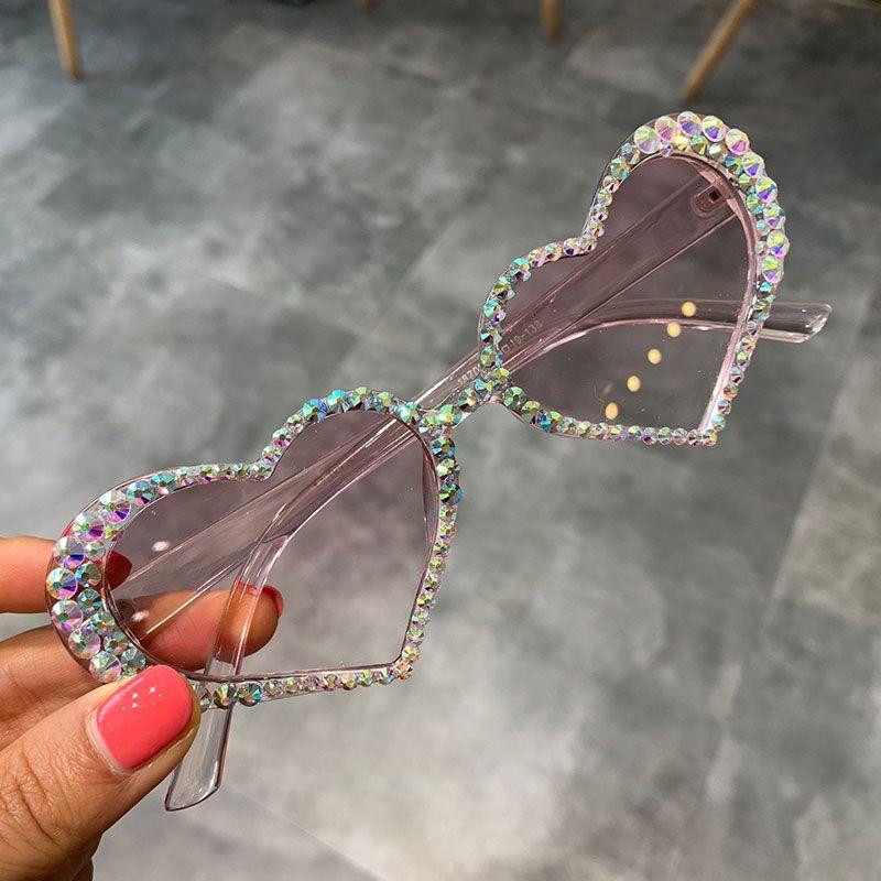 2019 forme de coeur oeil de chat vintage diamant lunettes de soleil femmes lentille rose strass sexy lunettes UV400 lunettes