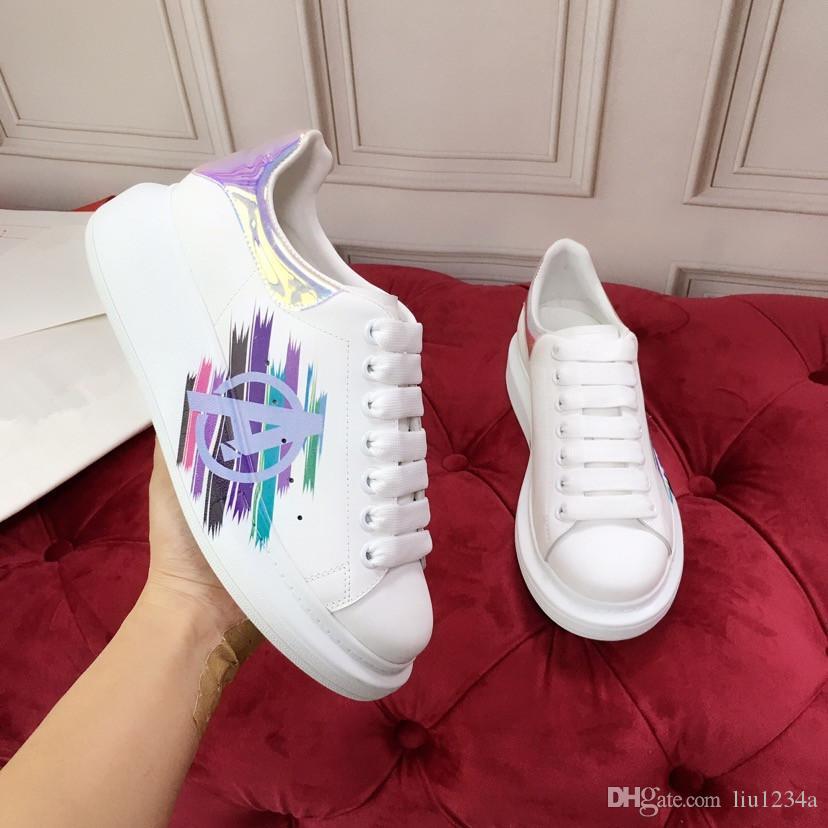 Sapatos de plataforma de luxo designer Sneakers extragrandes Suave 100% couro de bezerro Homens e Mulheres Lace-up Trainers Big Rubber plataforma Sole 1 1