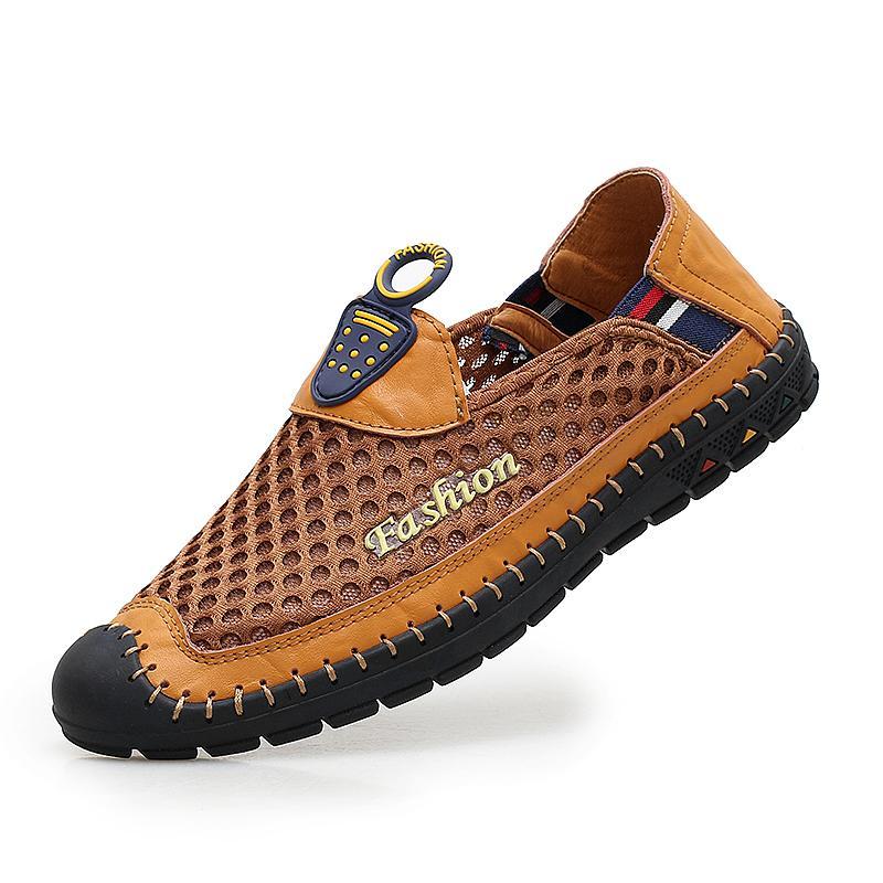Los nuevos hombres zapatos de los holgazanes de verano moda casual deslizamiento de cuero genuina en que conduce los zapatos mocasines agujeros Soft Comfort luz mens Pisos