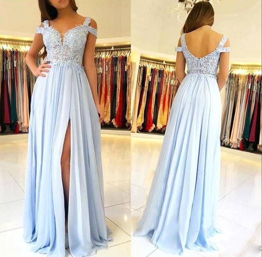 빛 스카이 블루 어깨 꺼짐 A 라인 신부 들러리 드레스 레이스 아플리케 사이드 분할 하녀의 명예 드레스 저렴한 공식 여성 이브닝 가운 BM1661
