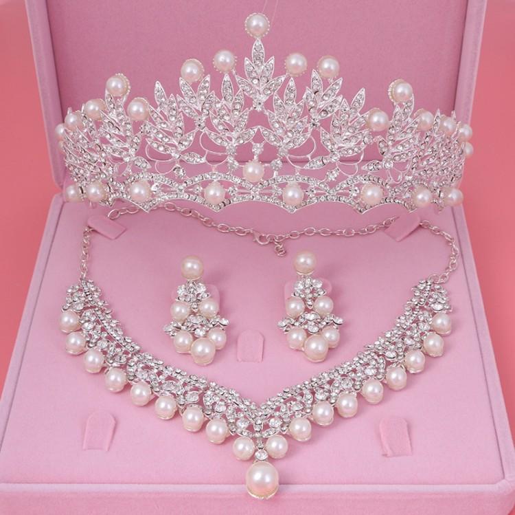 ewelry Accessoires Bride Cristal Perle ensembles de bijoux de fantaisie Nouveau design strass Collier ras du cou Boucles d'oreilles diadème de mariée mariage femmes ...
