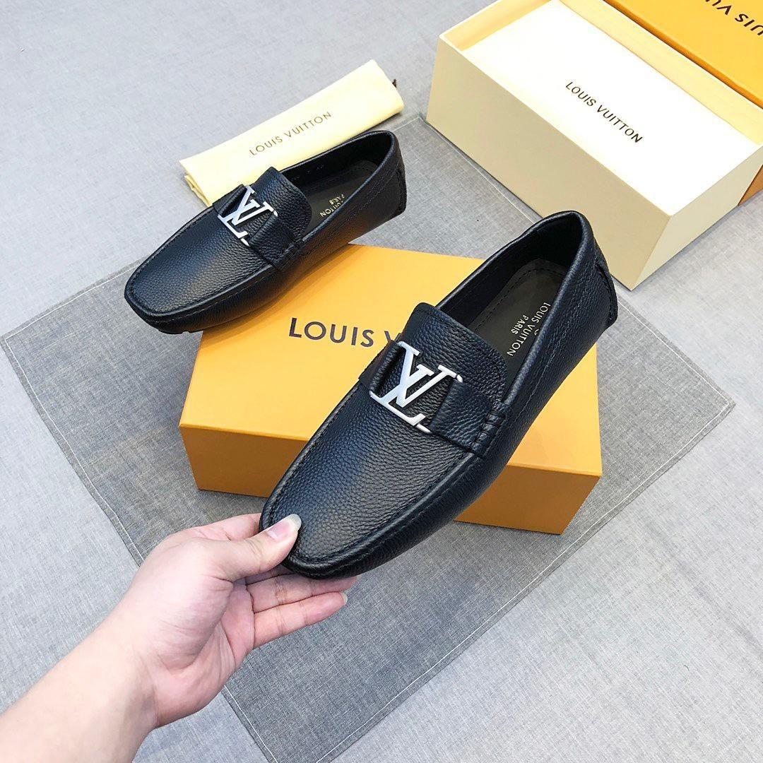 18ss nouvelle arrivée italien haut cuir hommes chaussures chaussures fait à la main avec classique impression Brogue et Suede Fringe Party hommes mocassins