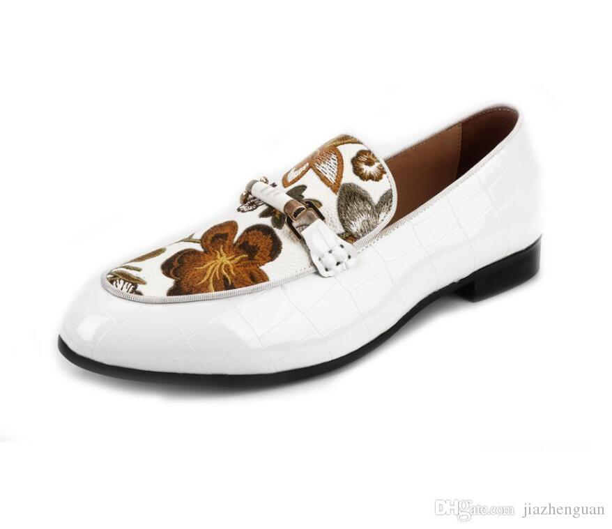 Homens aniversário Nova Primavera presente Loafers Moda Couro Homens calçados casuais masculino Handmade sapatos confortáveis respirável vestido da dança I43