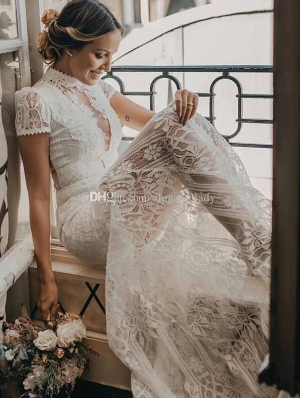 매력적인 빈티지 레이스 높은 목 시스 웨딩 드레스 2020 레트로 짧은 소매 보헤미안 국가 신부 웨딩 드레스
