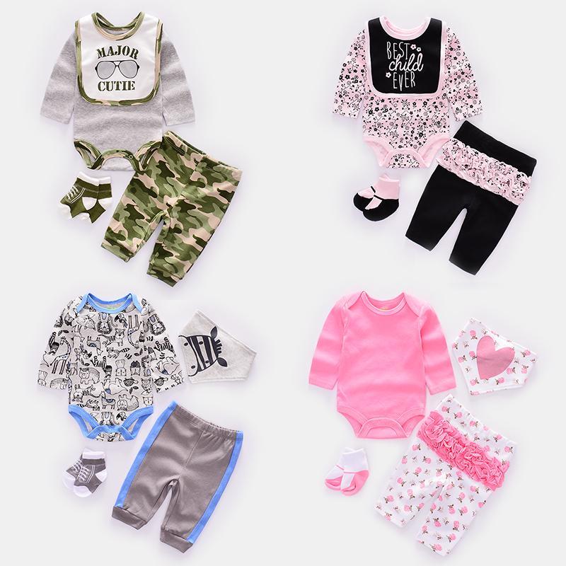 4pcs / set vêtements de bébé mignon ensembles garçon vêtements bébé fille nouveau-né costume enfant en bas âge Babie barboteuses + pantalon + chaussettes + bavoir / casquette Y19050801