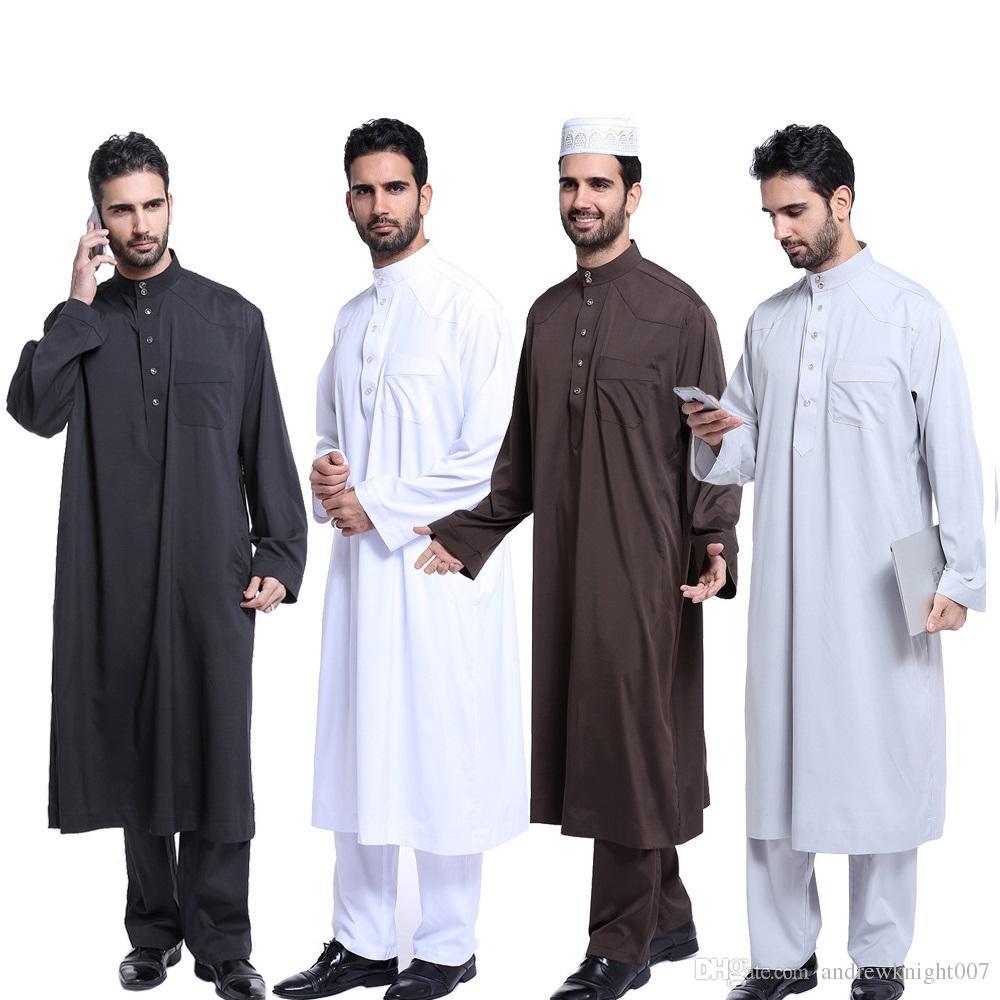 Saudi-arabisches Kaftan-Kleid der muslimischen Männer mit langärmliger muslimischer islamischer Kaftan-Thobe-Kleidung Saudi-arabischer Robe