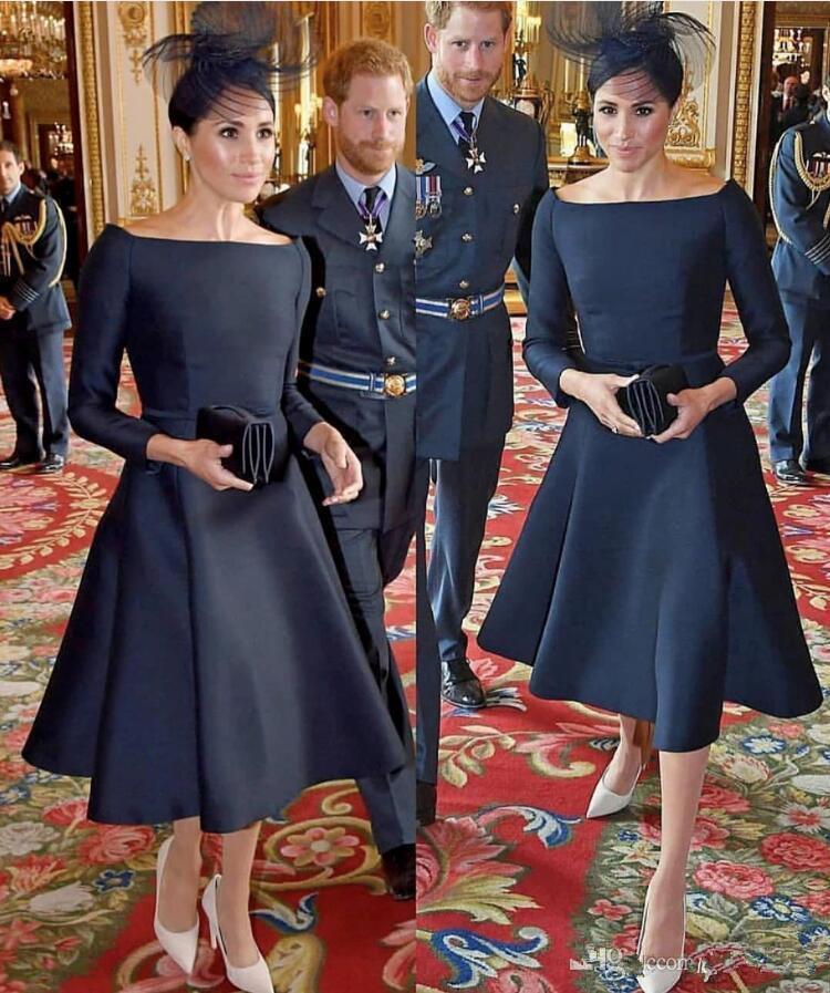 Modeste Court Navy Blue Party robes thé longueur satin 2020 Arabe Dubai pas cher robe de soirée 3/4 manches longues Robes de bal cocktail Keyhole