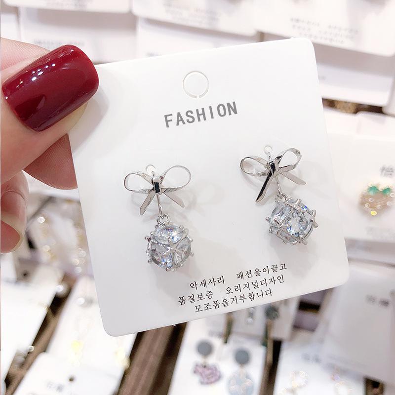 Pendientes de diseñador de lujo joyería pendientes de mujer 15 estilos pendientes de perlas de moda y pendientes de borla envío gratis NE988-1