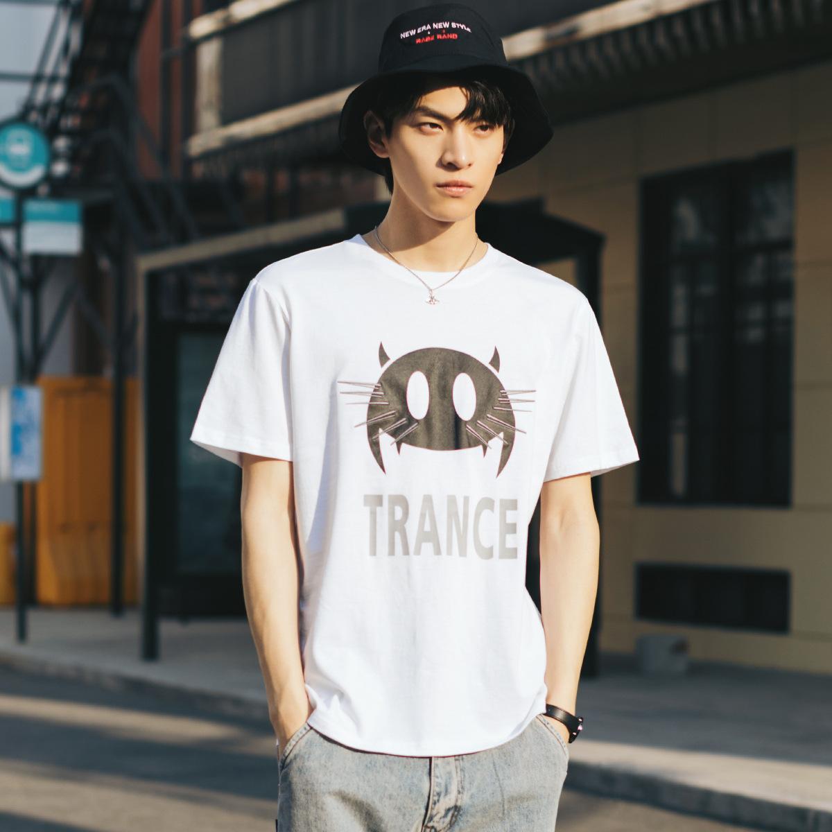 Moda markası 2020 bahar yeni kısa kollu tişört trendi karikatür yuvarlak boyun pamuk gevşek erkek tişört baskı
