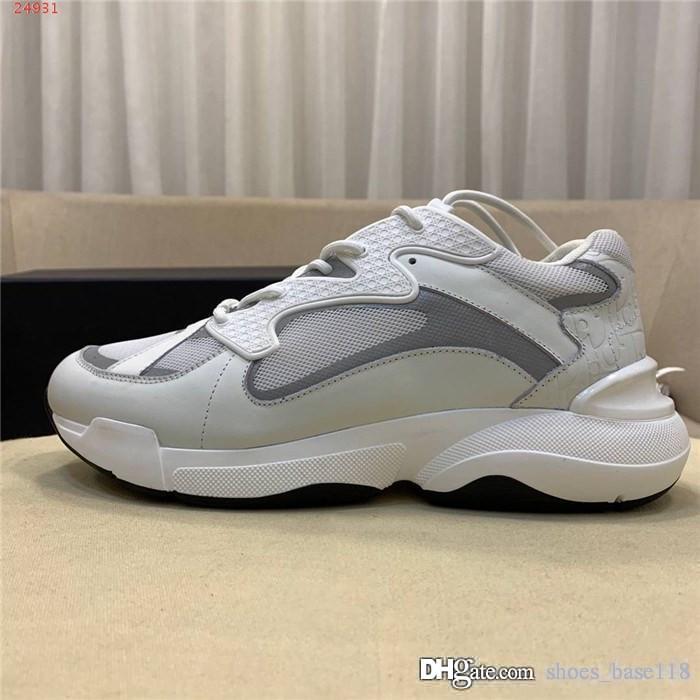 2019 Sapatos casuais clássicos Sapatos de amantes da série exclusiva, Homens e mulheres na moda com o mesmo estilo Calçado desportivo de caminhada e corrida