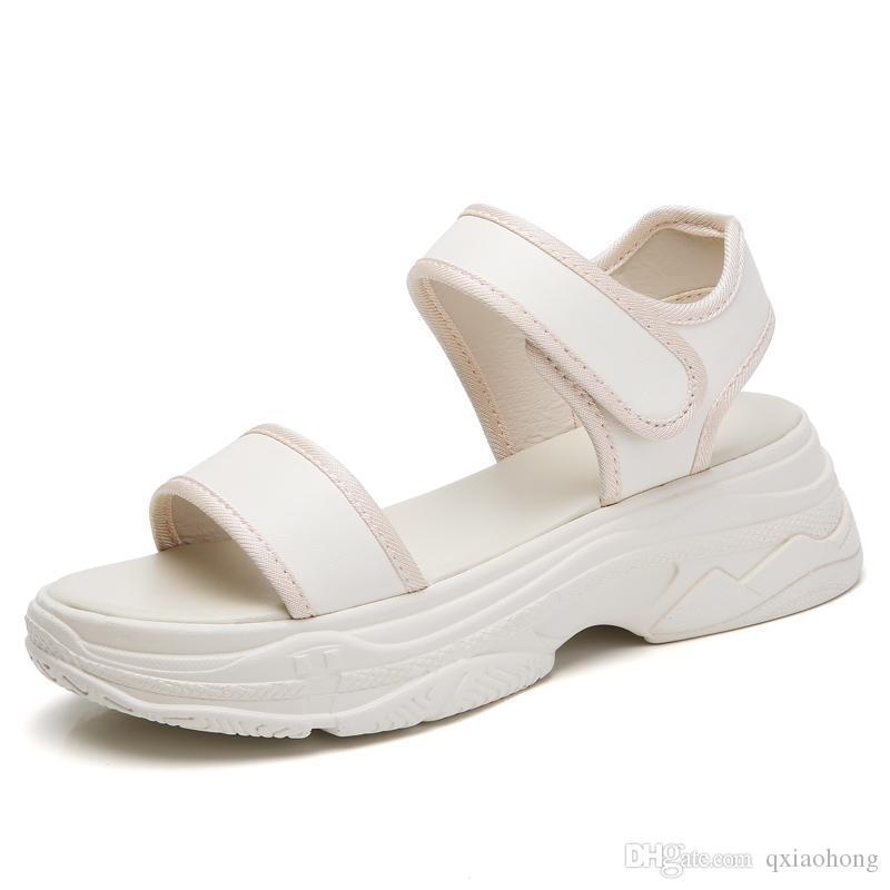 Diseñador remachado diamante de lujo Deportes sandalias de la marca al aire libre playa sandalias de cuero del ocio de la moda de las mujeres niñas zapatos casuales cuali superior