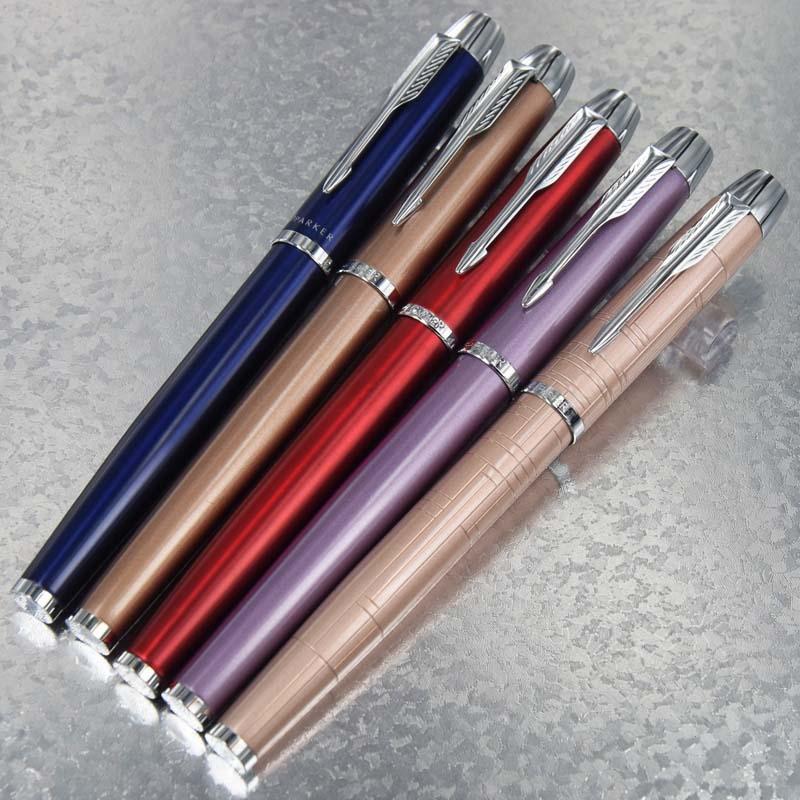 PARKER Série IM alta qualidade Escritório Escola de papelaria Cacau Brown-Cor Prata grampo com Stripe Designs Roller Ball Pen + presente Plush Pouch