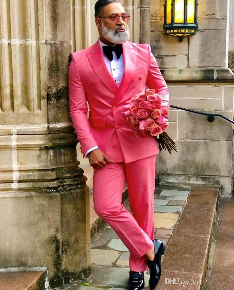 Abiti da sposa rosso smoking dello sposo Groomsmen uomo migliore per il giovane uomo di promenade Coupple Giorno Suits (Jacket + Pants + Bow) il formato su più