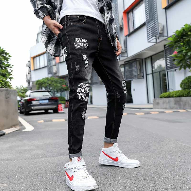 Verano del ajustado de los pantalones vaqueros de los hombres de diseñador coreano letra impresa Jeans delgado Homme apenada Hombres Regular Fit Streetwear