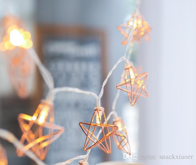 Novidade Luzes LED de Fadas 20 Metal Estrela Corda Luz Alimentado Por Bateria / USB / UE plug Férias De Natal guirlanda de Luz para a Festa de Casamento Decoração