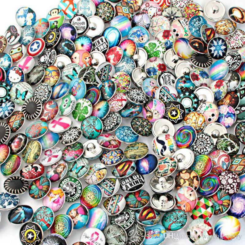 Snaps Mücevher Tasarımcısı Bilezik 100pcs / lot Yüksek Kalite Karışık Birçok Styles 18mm Metal Snap Buton Charm Rhinestone Stiller Düğme Zencefil