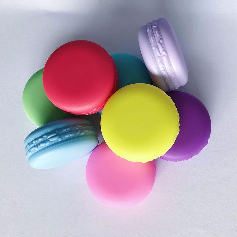 زجاجة 100pcs التي لون الحلوى معكرون الصغيرة 10G مستحضرات التجميل جرة فارغة وعاء عينيه الشفاه كريم الوجه عينة الحاويات