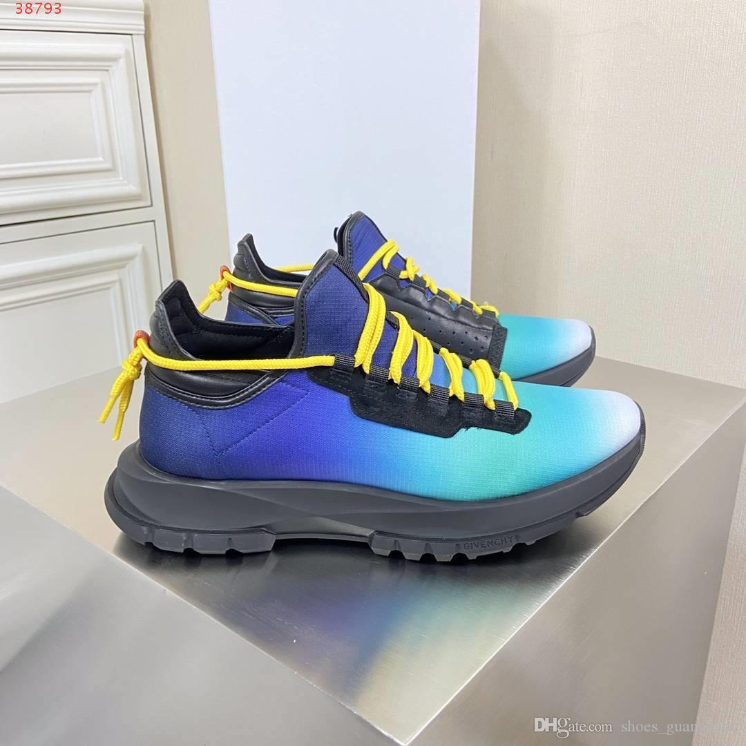 2020 Deri ve nefes alabilen kumaşlar erkek ayakkabı, Toz Torbalı Gök mavisi, siyah ve beyaz Ekonomik Markalı Ayakkabı boyutu 38-45
