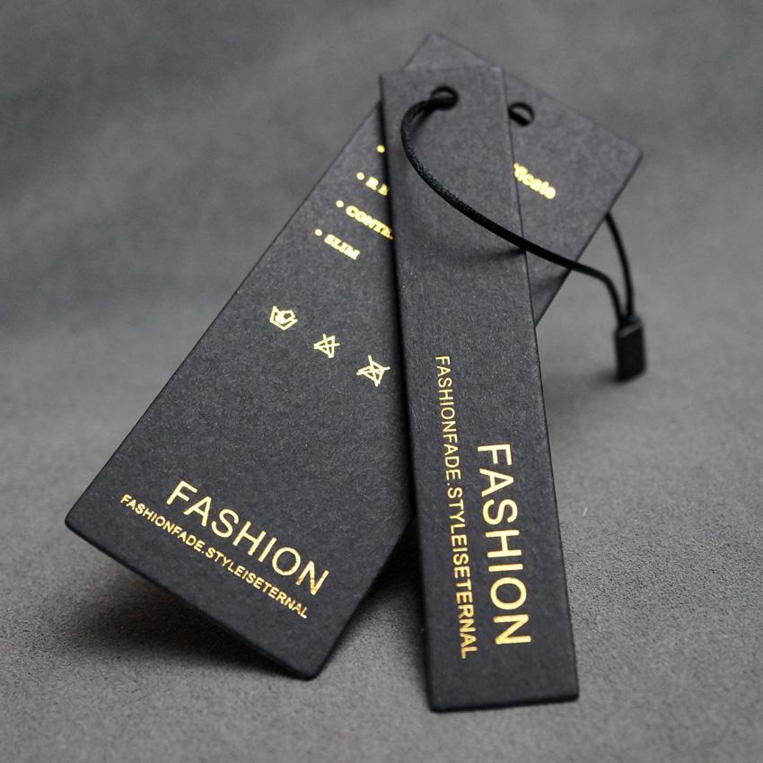 Lüks özel tasarım giyim altın sıcak damgalama logolu etiketleri asmak