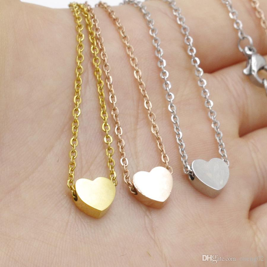 Classic Stainless Steel Clavicle Chain Necklace Love Heart Pendant Necklace for Women Gold Necklace Choker Party Wedding Jewelry Gifts