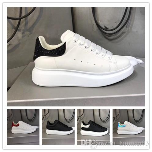 2020 Luxury Designer Shoes Mens delle donne allenatore riflettente 3M Triple bianco in pelle Platform Sneaker piano casuale del partito di sport di marca Q55
