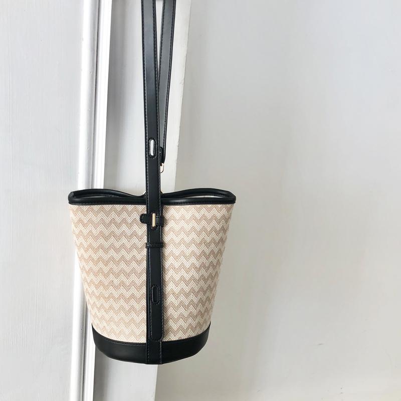 Vendita Tessitura Ladies Knitting New Small Secchio Donne Borse Borse Borsa Borsa Crossbody Spalla intera 2019 JDNNP