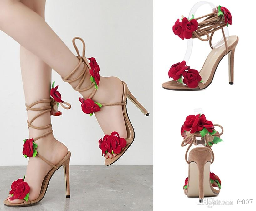 Scarpe Donna Marca sandali estivi donna tacco alto 11cm Pattini Flower tacco alto sandali cinturino alla caviglia peep toe gomma Tacco sandali del partito nuziale