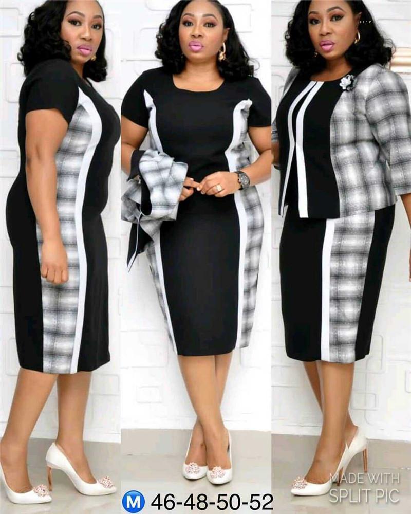 Tracksuits Plaid Panelled Two Piece Dresses Applique Half Sleeved Crew Neck Designer Female Tracksuits Plus Size Women