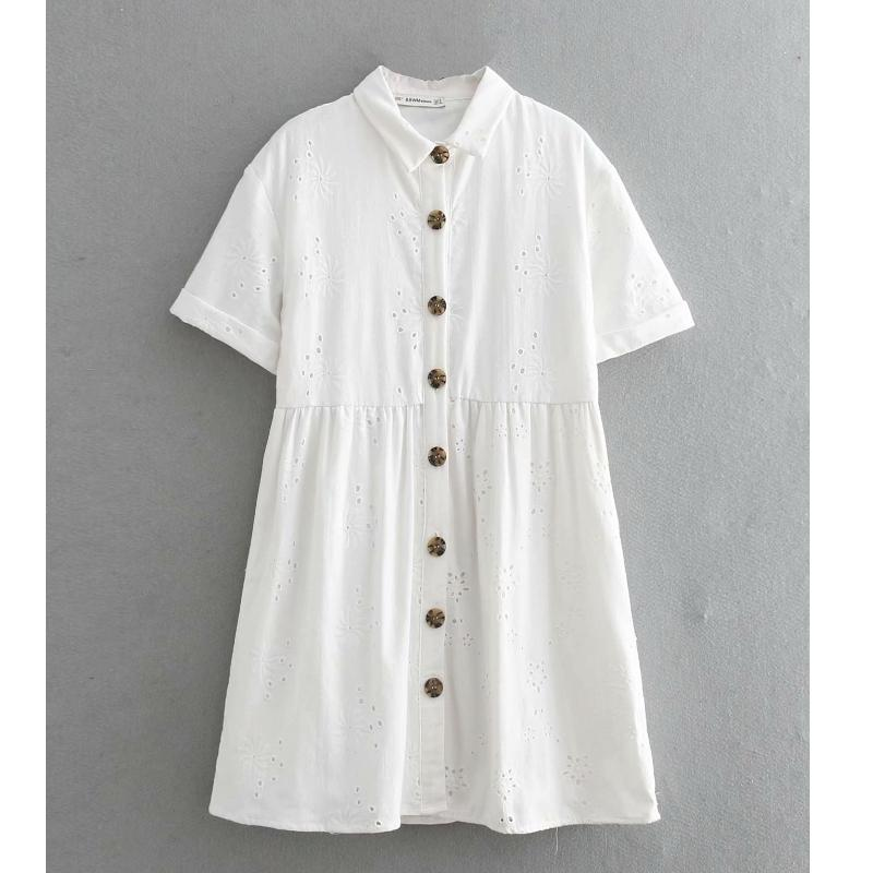 2019 Female Vintage Hollow Out Embroidery White Shirtdress Waist -tails Short Touch Dress Sweet Dresses Chic Party Clothes Ds2059 Y19071101