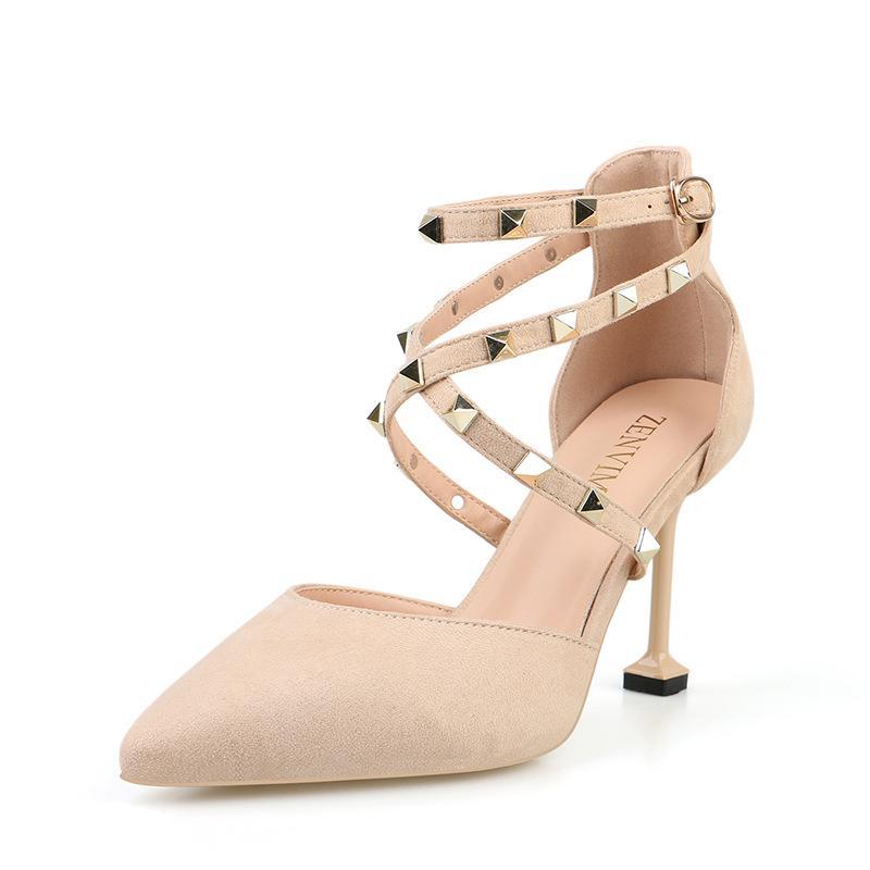 Femmes Talons aiguilles Talons 2020 Talons or brillant Flock cuir femmes Pompes Pointy Toe Sliver Chaussures pour femmes de mariage