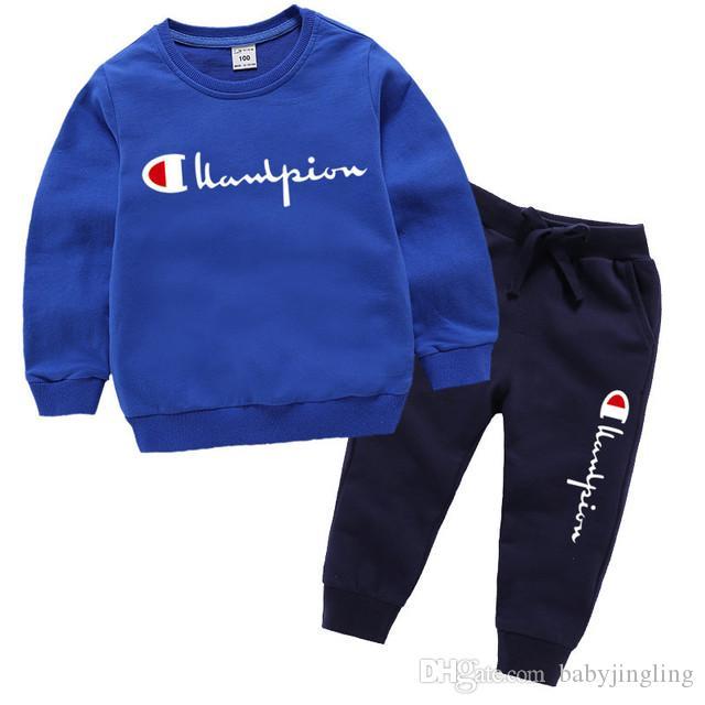 Marka Tasarımcı% 100 Pamuk Çocuk Giyim Erkekler Kızlar Giyim Seti Tracksuits Spor Uzun Kollu Kazak + Pant Seti İçin Çocuk