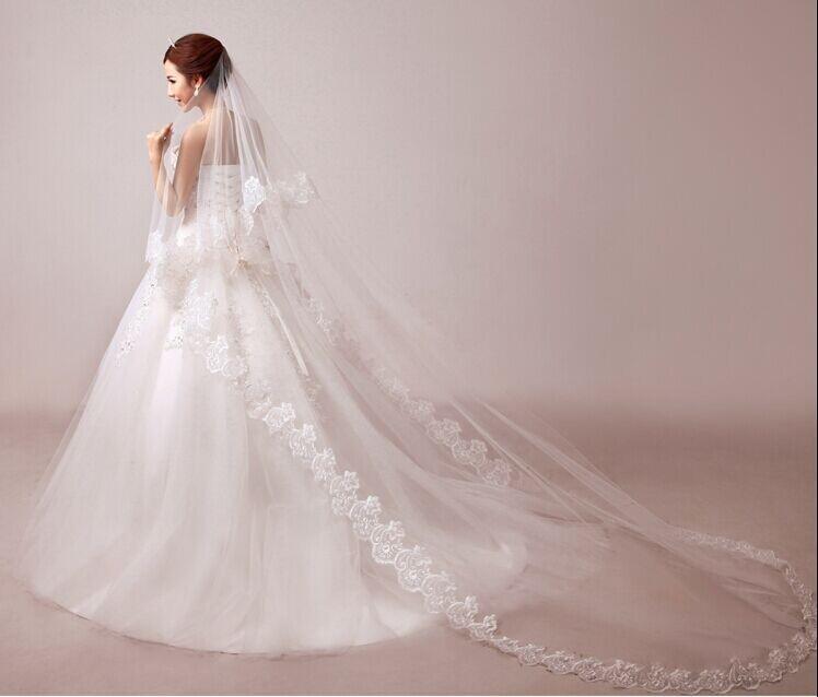 2020 Günstige zwei Schichten Spitze Tüll Brida Brautschleier mit Kamm-Damen nach Maß Hochzeits-Zusatz