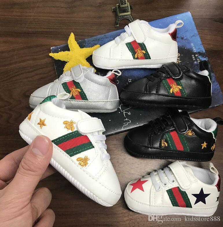 Hot Enfants infantile pour bébé anti-dérapant PU cuir Designer First Walker Sneaker bébé nouveau-né à semelle souple Sport Chaussures pour 0-18m filles Boy