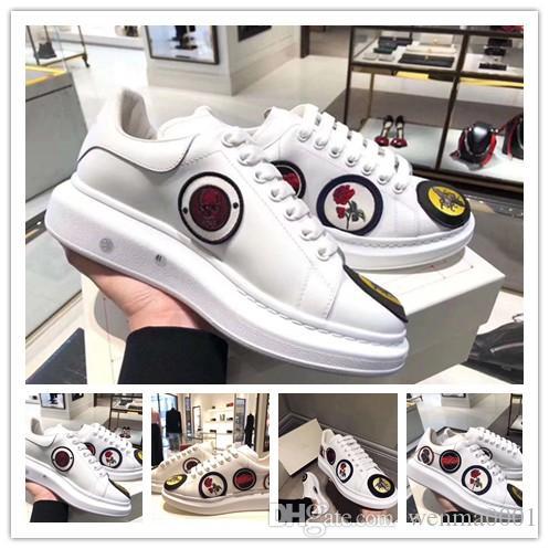 Haute Qualité Designer Triple S Plate-forme Mode Hommes Femmes Old Dad Chaussures Noir Blanc Cuir Casual Chaussures plates luxe Chaussures de sport 0m84
