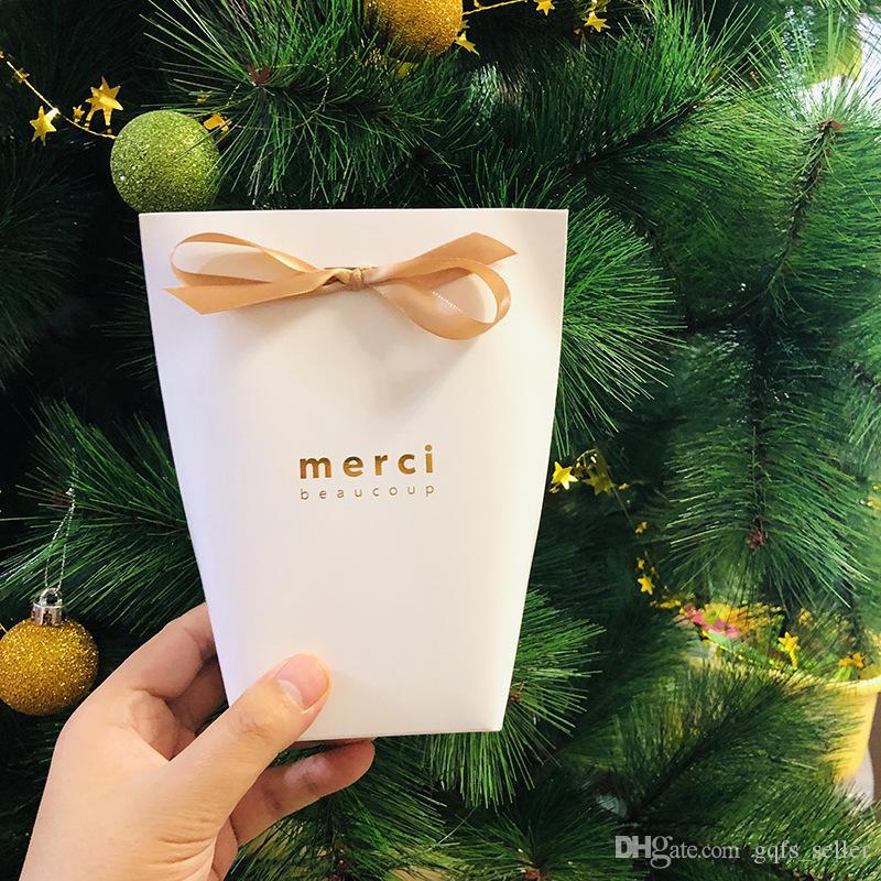 Grazie regalo Wrap Imballaggio delle scatole Borse Merci francese Paper Bag Candy Torta di cioccolato Scatole Borse regalo di nozze per Shopping Articoli da regalo con i nastri