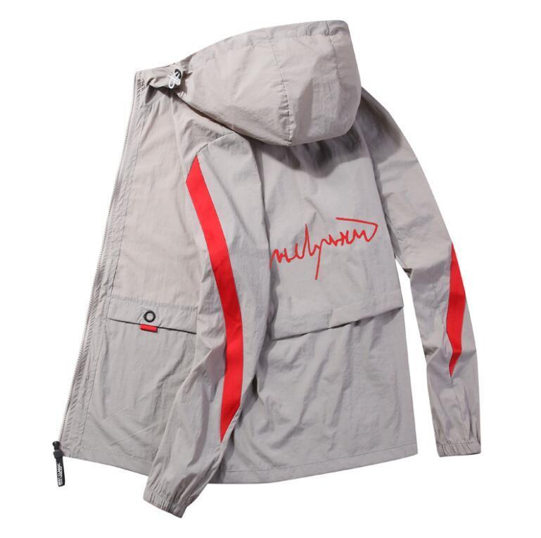 Più nuovo progettista estate Mens Jackets modo di marca per gli uomini Streetwear Sun-protezione Giacca casual traspirante Tops Abbigliamento 4 colori